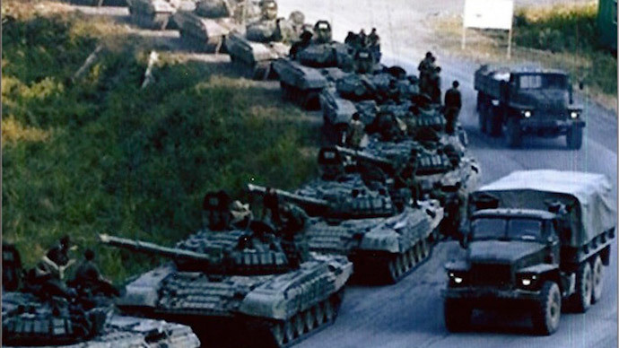 (Russian tanks, soldiers / Photo provided by Sen. Inhofe)