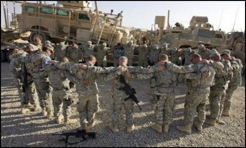 A Combat Soldiers Prayer (Photo: Public Domain)