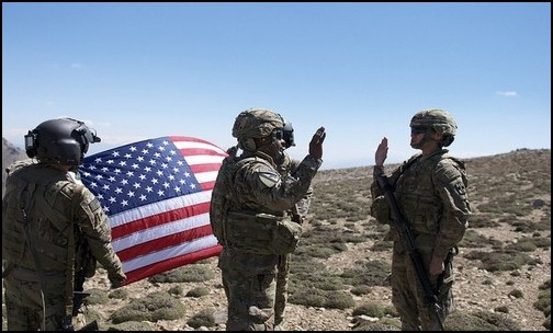 US Army Oath conducted in field. (Photo: Public Domain)