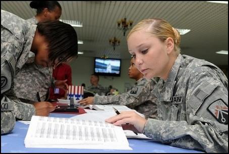 Soldiers voting. (Photo: Public Domain)